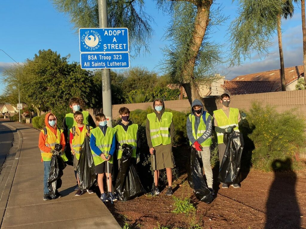 Scouts cleaning Greenway parkway